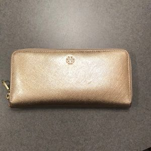Tory Burch rose gold wallet